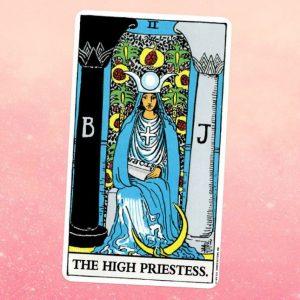 La Sacerdotisa o The High Priestess en el Tarot Rider Waite